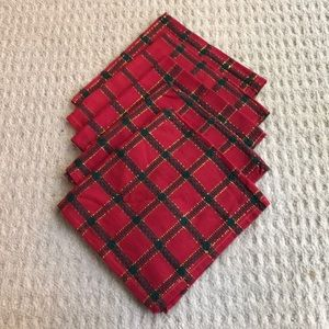 5 napkins red green plaid cloth & gold thread